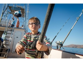 family-fishing-trip-lanzarote.jpg