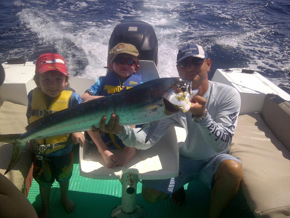 Fishing adventure in coco beach guanacaste for Fishing guanacaste costa rica